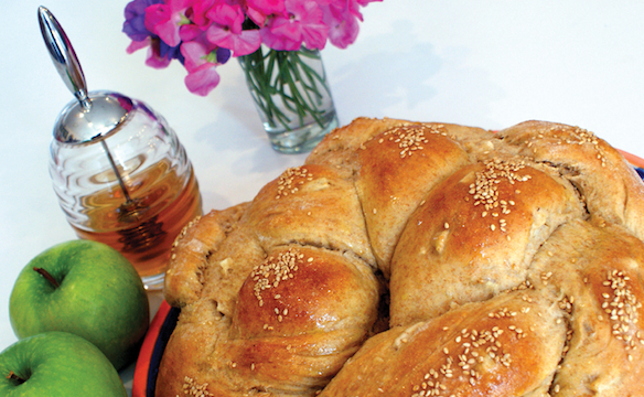 Apple-studded challah. Photo by Dan Kacvinski